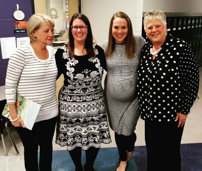 Apparently everything is black and white at elementary parent-teacher conferences! #GreatMindsDressAlike